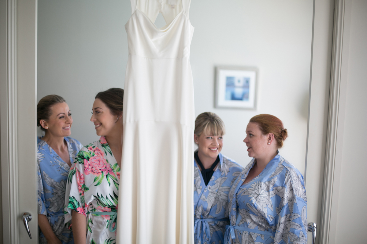 01_Bride and bridesmaids at crowne plaza newcastle with best wedding photographer