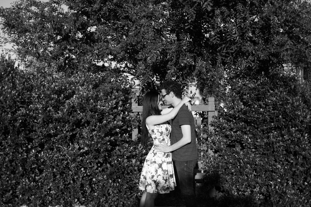 04-newcastle-nsw-engagment-photographers