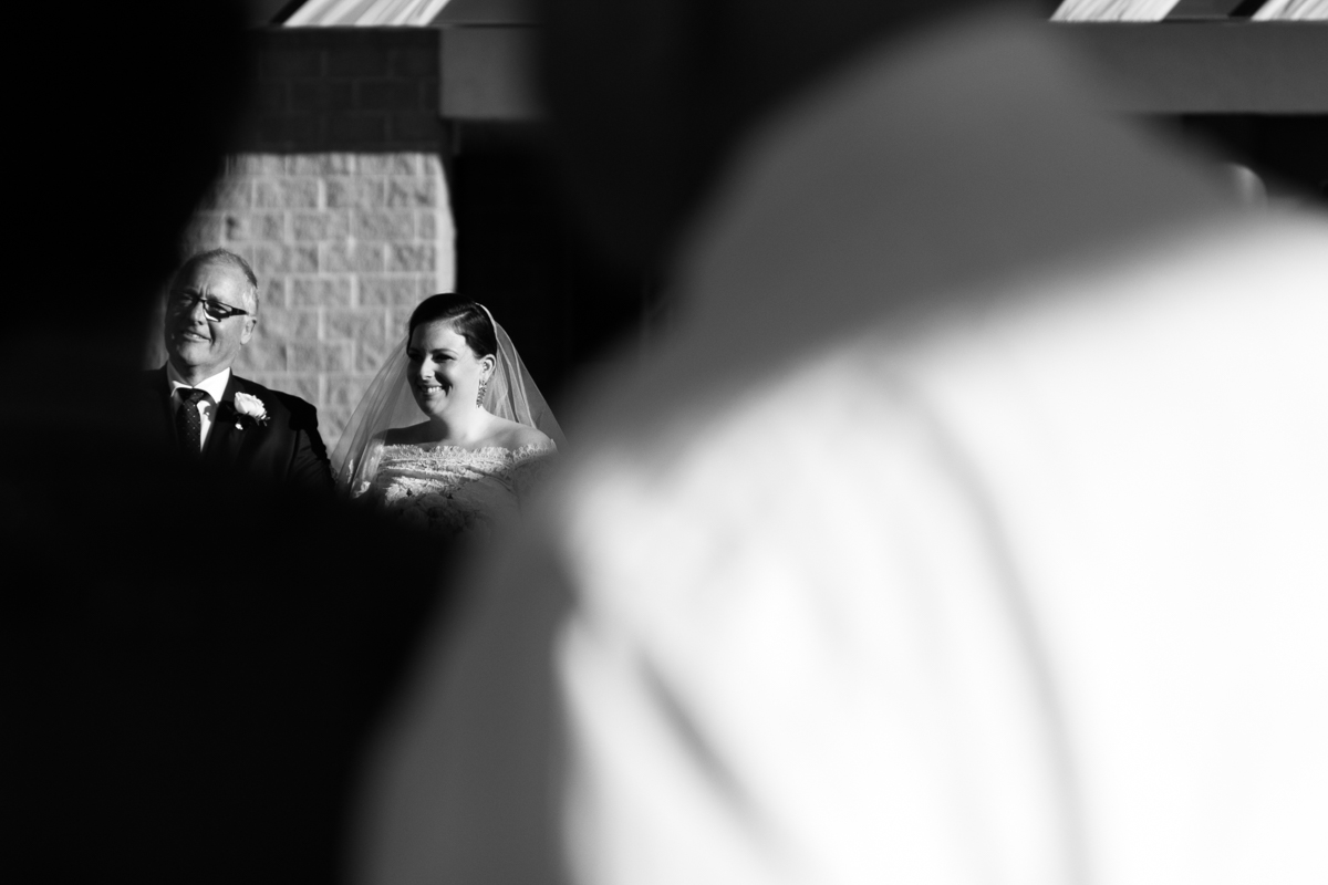18_Father walks bride down aisle at crowne plaza hunter valley
