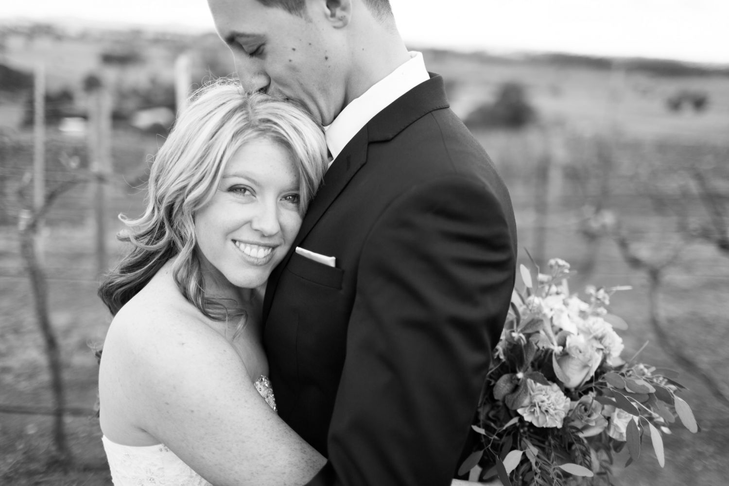 12_wedding-photographer-captures-intimate-moments-in-hunter-valley