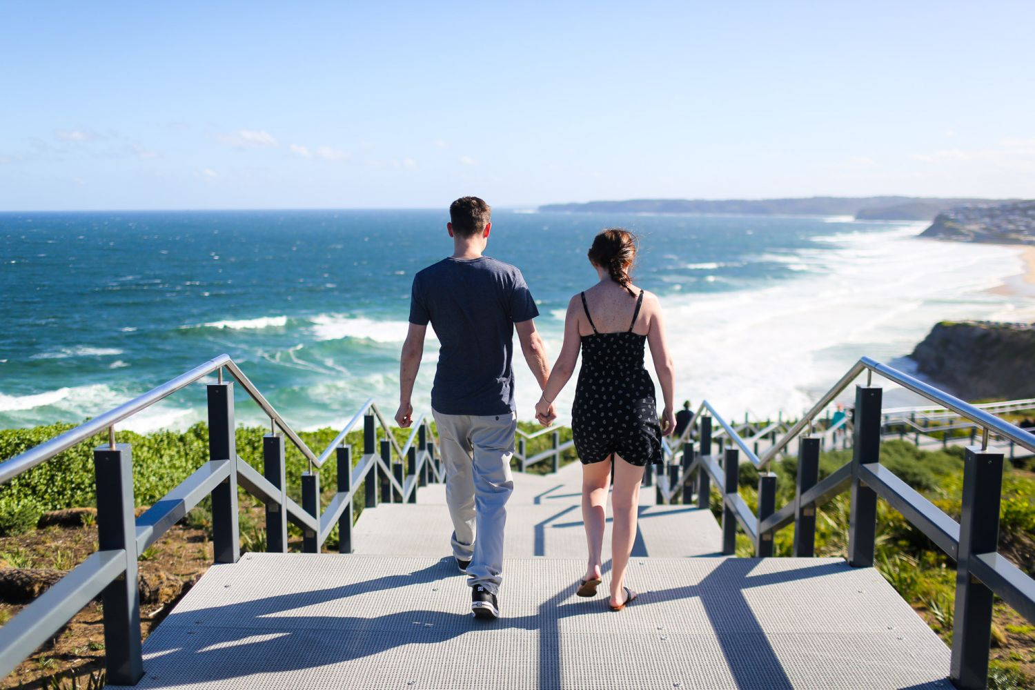 2_newcastle-prewedding-photography-at-anzac-walk
