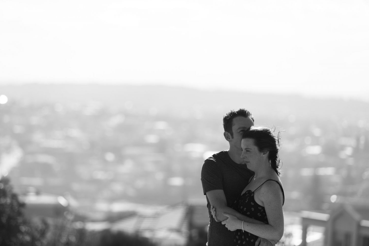 4_newcastle-prewedding-photography-at-anzac-walk